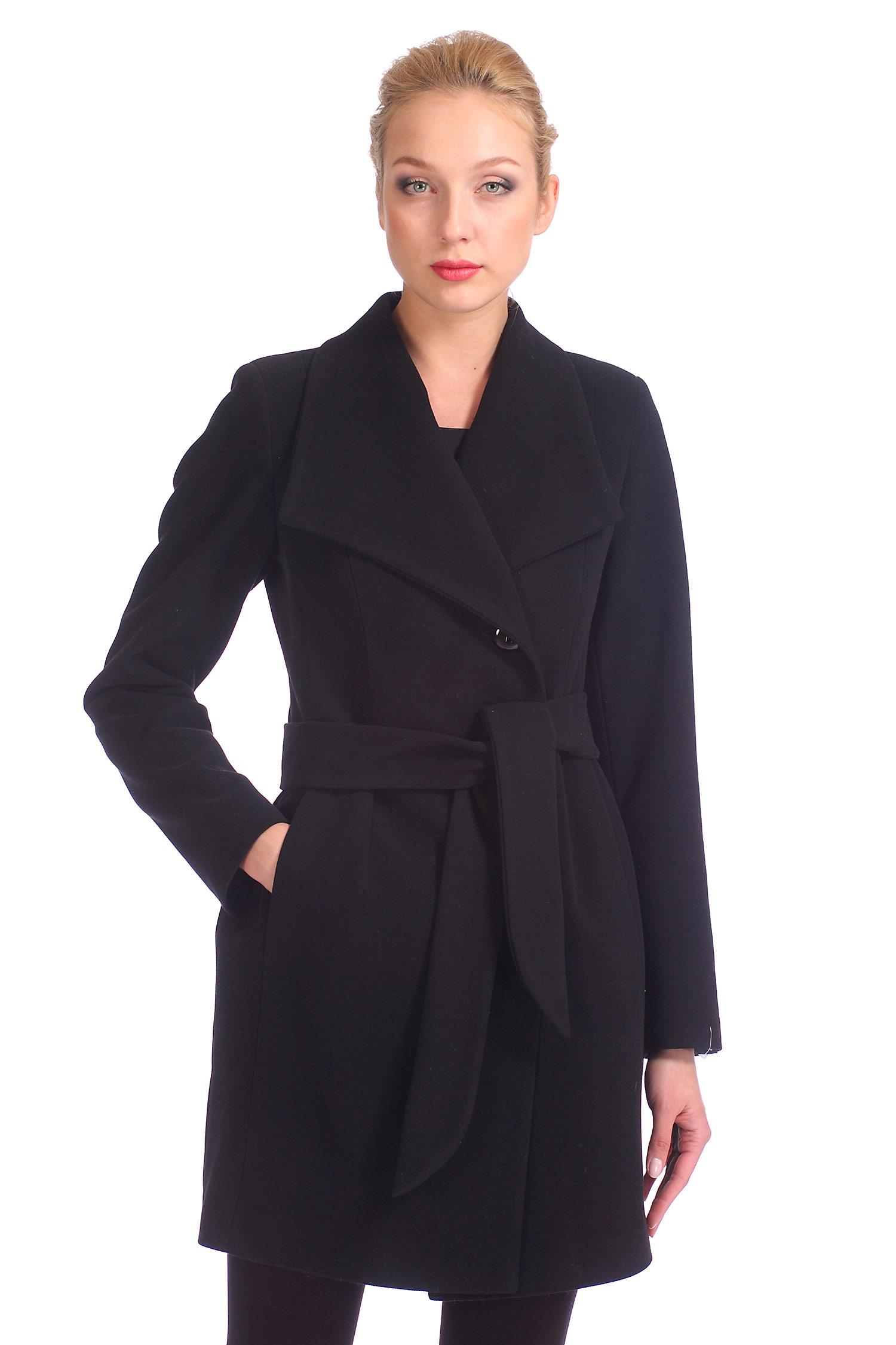 Женское пальто с воротником, без отделки<br><br>Воротник: отложной<br>Длина см: Длинная (свыше 90)<br>Материал: Комбинированный состав<br>Цвет: черный<br>Вид застежки: двубортная<br>Застежка: на пуговицы<br>Пол: Женский