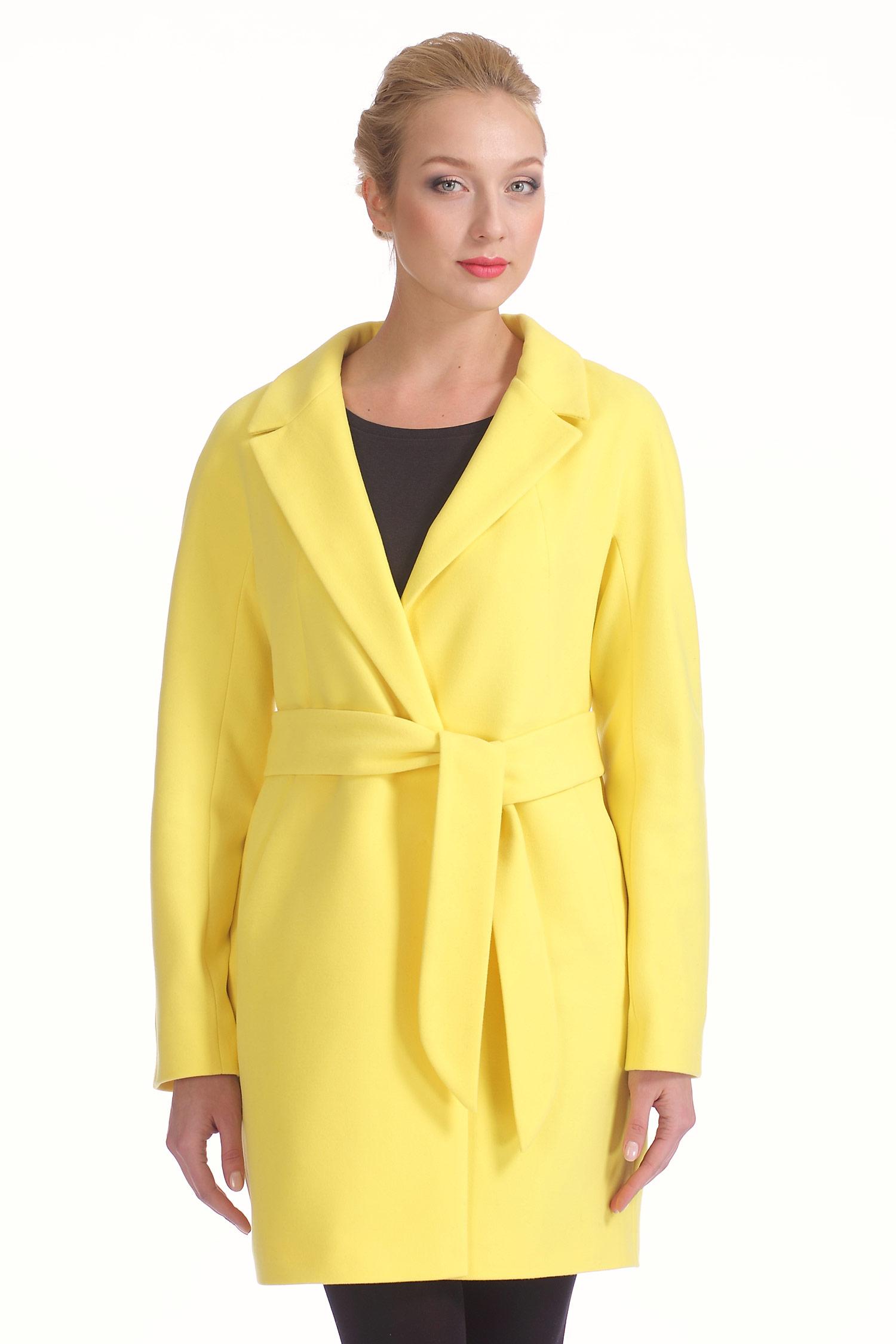Женское пальто с воротником, без отделки<br><br>Воротник: английский<br>Длина см: Длинная (свыше 90)<br>Материал: Комбинированный состав<br>Цвет: желтый<br>Вид застежки: центральная<br>Застежка: на пуговицы<br>Пол: Женский<br>Размер RU: 44
