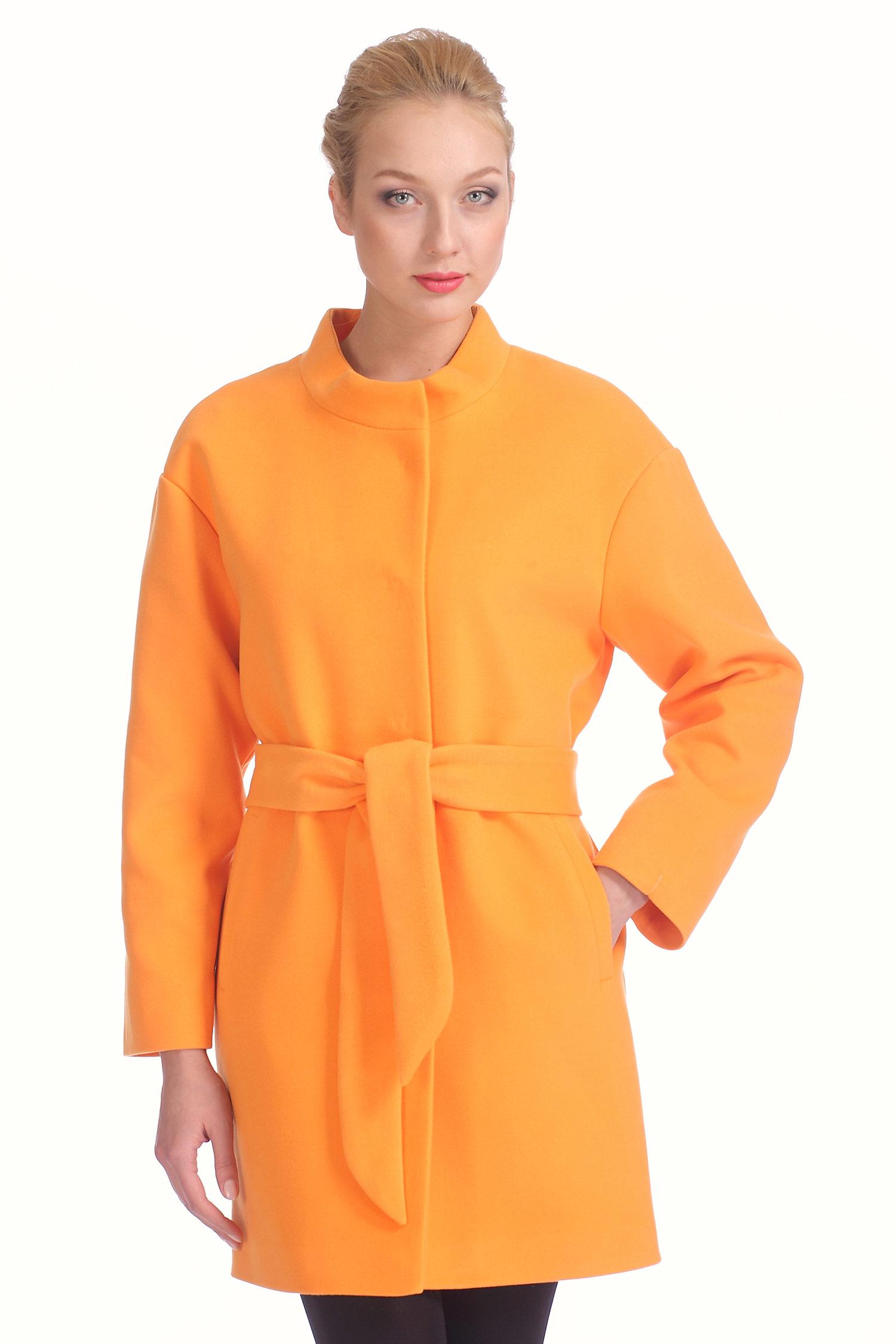 Женское пальто с воротником, без отделки. Производитель: Московская Меховая Компания, артикул: 6347
