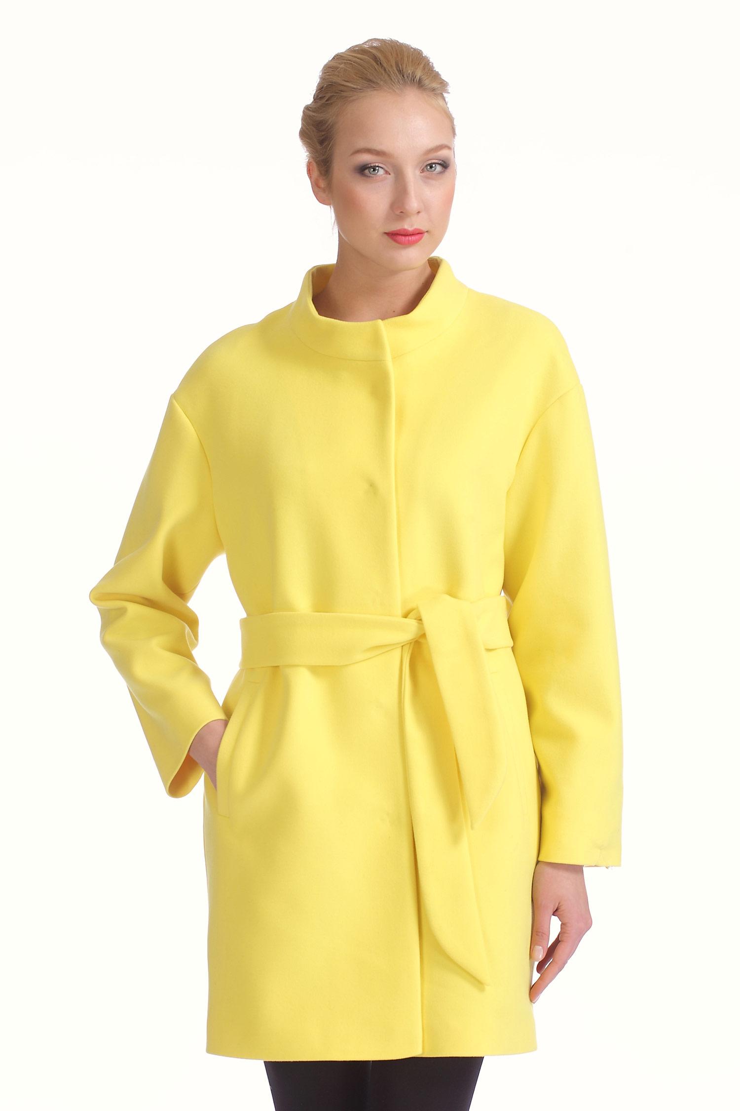 Женское пальто с воротником, без отделки<br><br>Воротник: стойка<br>Длина см: Длинная (свыше 90)<br>Материал: Комбинированный состав<br>Цвет: желтый<br>Вид застежки: центральная<br>Застежка: на кнопки<br>Пол: Женский<br>Размер RU: 48