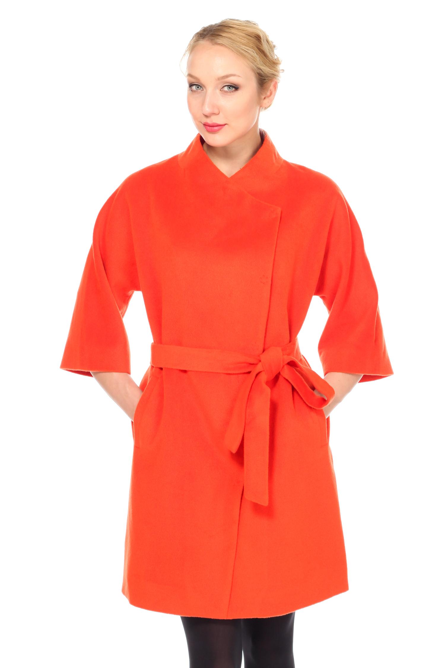 Женское пальто с воротником, без отделки<br><br>Длина см: Длинная (свыше 90)<br>Материал: Комбинированный состав<br>Цвет: оранжевый<br>Вид застежки: косая<br>Застежка: на кнопки<br>Пол: Женский<br>Размер RU: 56