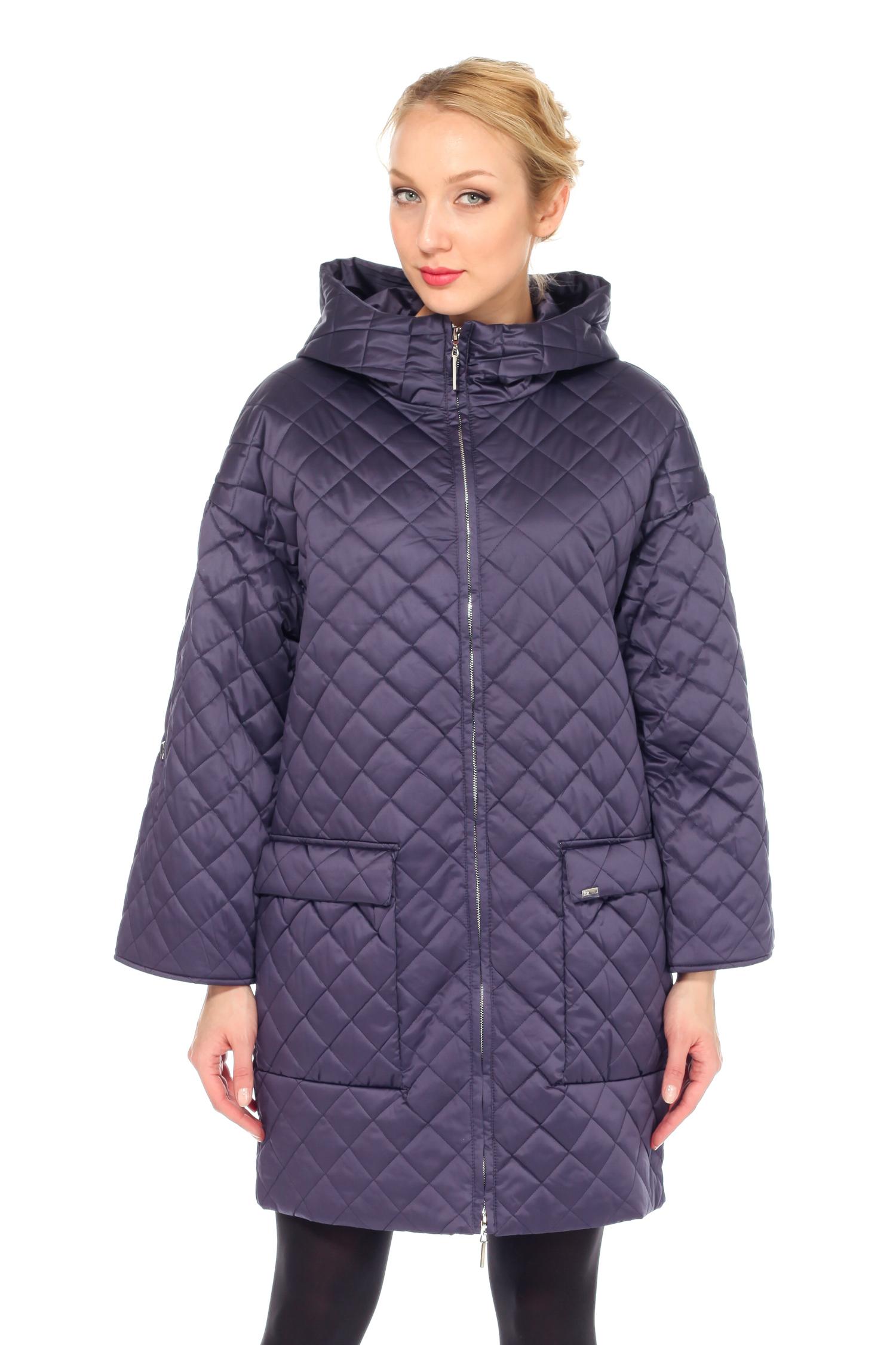 Плащ женский из текстиля с капюшоном, без отделкиПлащ от Московской меховой компании выполнен из текстиля фиолетового цвета.<br><br>Модель прямого силуэта с застежкой на молнию.<br><br>Детали: несъемный капюшон; рукава кроя реглан, длина фиксируется пуговицей; боковые карманы с застежкой на кнопки; пояс в комплекте; подкладка из полиэстера.<br><br>Воротник: капюшон<br>Длина см: Длинная (свыше 90)<br>Материал: Текстиль<br>Цвет: фиолетовый<br>Вид застежки: центральная<br>Застежка: на молнии<br>Пол: Женский<br>Размер RU: 54