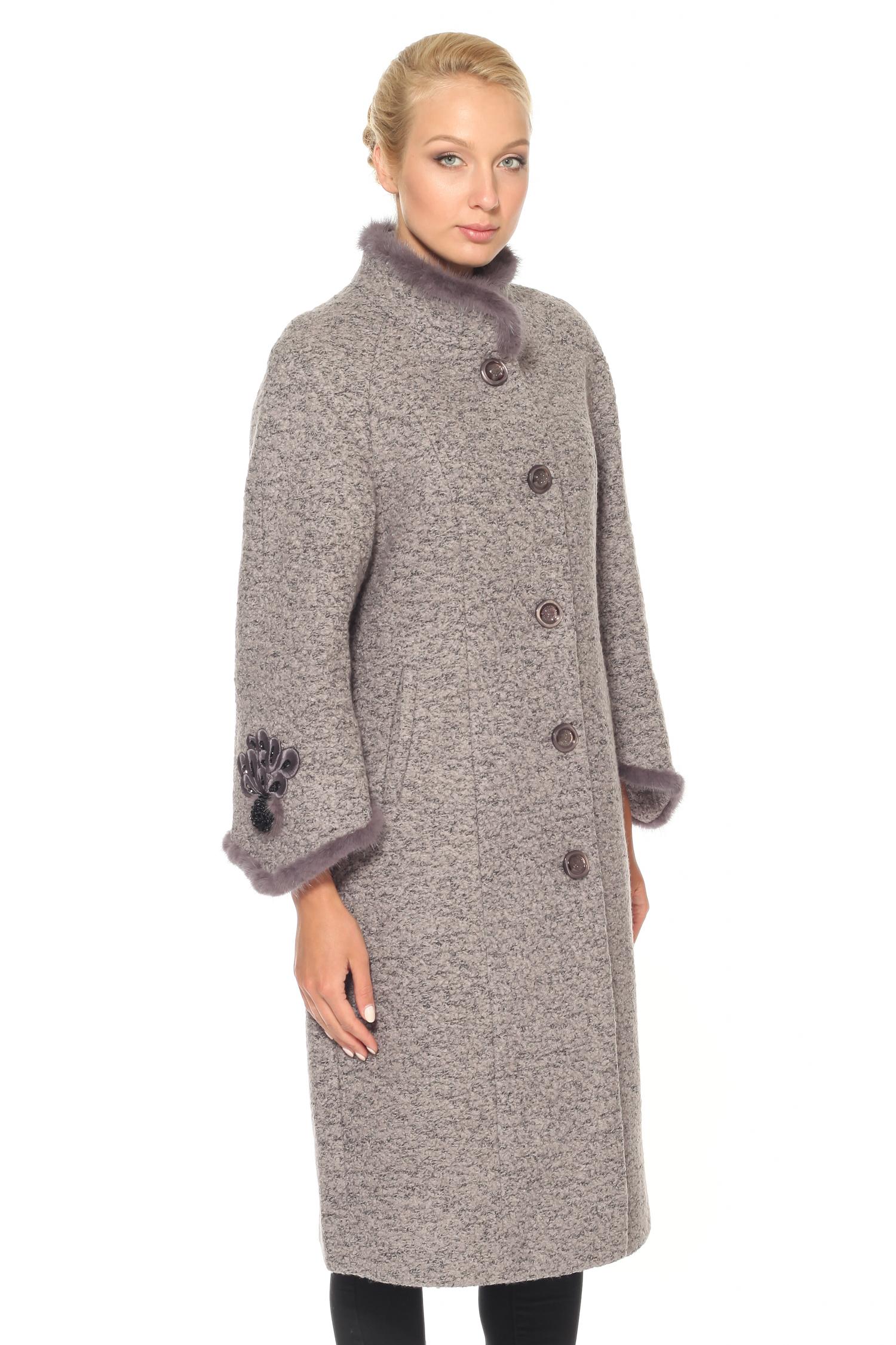 Женское пальто с воротником, отделка норкаПальто от Московской меховой компании выполнено из текстиля серого цвета.<br><br>Модель приталенного силуэта с застежкой на пуговицы.<br><br>Детали: воротник-стойка с отделкой из натурального меха норки; рукава длины 7/8 декорированы вышивкой, бисером и натуральным мехом норки; подкладка из полиэстера.<br><br>Материал: Комбинированный состав<br>Воротник: стойка<br>Застежка: на пуговицы<br>Длина см: Длинная (свыше 90)<br>Цвет: серый<br>Пол: Женский<br>Размер RU: 48