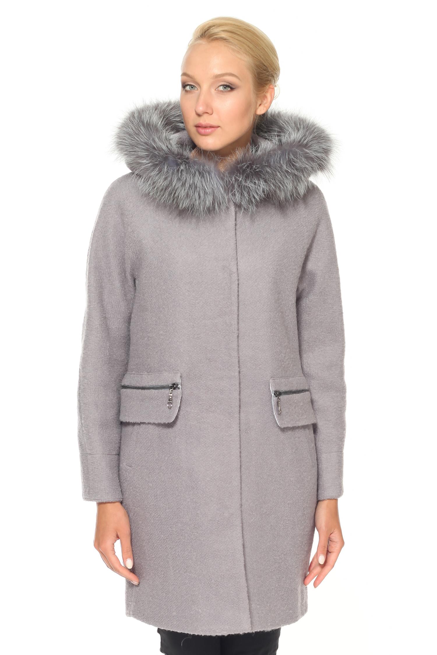 Женское пальто с капюшоном, отделка чернобуркаПальто от Московской меховой компании выполнено из текстиля серого цвета.<br><br>Модель прямого кроя с застежкой на кнопки.<br><br>Детали: несъемный капюшон с отделкой из натурального меха черно-бурой лисы; боковые карманы с застежкой на молнию; подкладка из полиэстера.<br><br>Воротник: капюшон<br>Длина см: Длинная (свыше 90)<br>Материал: Комбинированный состав<br>Цвет: серый<br>Вид застежки: центральная<br>Застежка: на кнопки<br>Пол: Женский<br>Размер RU: 50