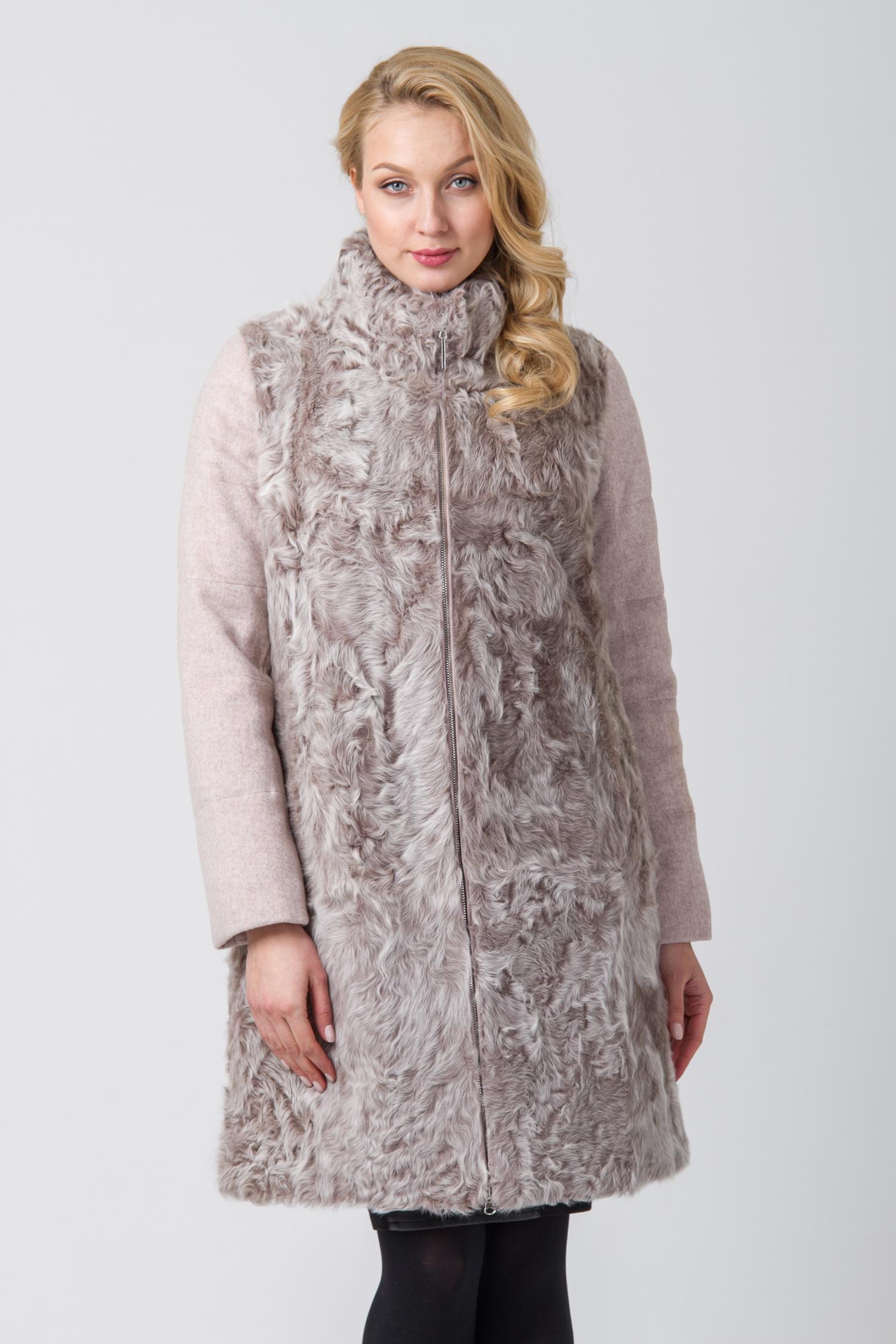 Пальто женское с воротником, без отделки<br><br>Воротник: стойка<br>Длина см: Длинная (свыше 90)<br>Материал: Текстиль<br>Цвет: бежевый<br>Вид застежки: центральная<br>Застежка: на молнии<br>Пол: Женский<br>Размер RU: 52