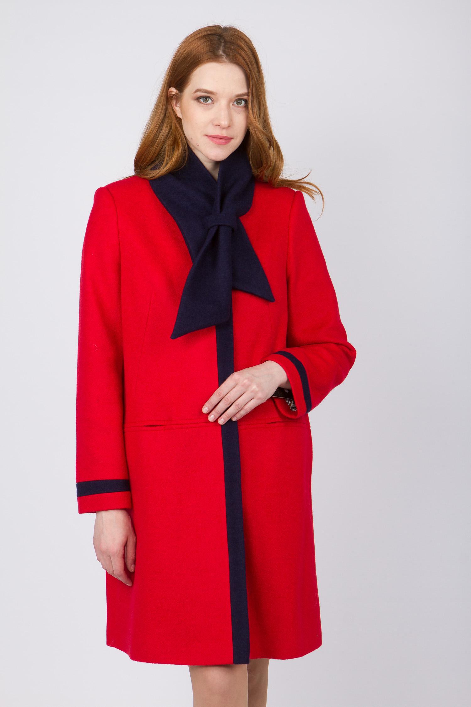 Женское пальто без воротника, без отделки<br><br>Воротник: без воротника<br>Длина см: Длинная (свыше 90)<br>Материал: Комбинированный состав<br>Цвет: красный<br>Вид застежки: потайная<br>Застежка: на пуговицы<br>Пол: Женский<br>Размер RU: 48