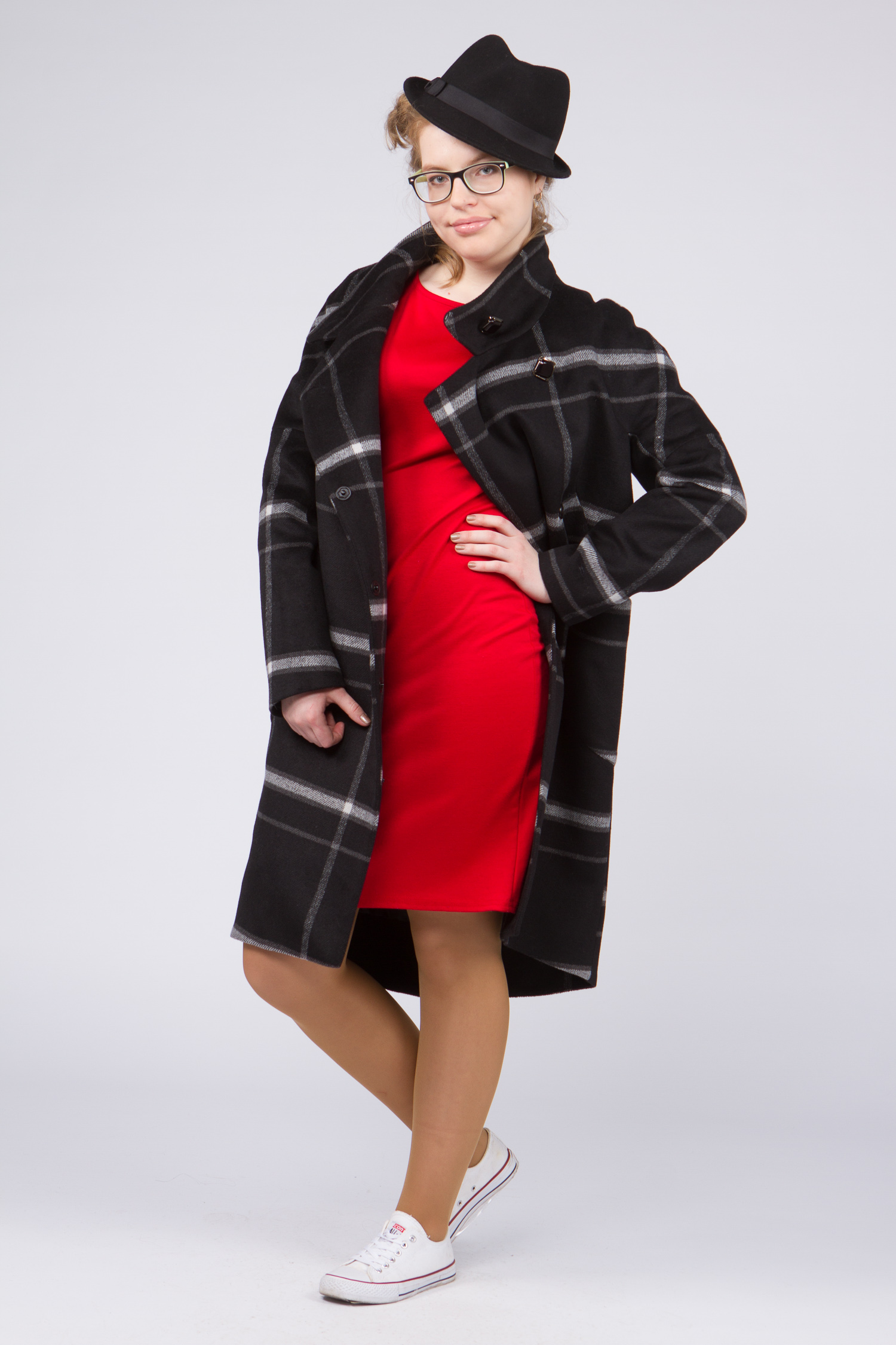 Женское пальто с воротником, без отделки. Производитель: Московская Меховая Компания, артикул: 8952