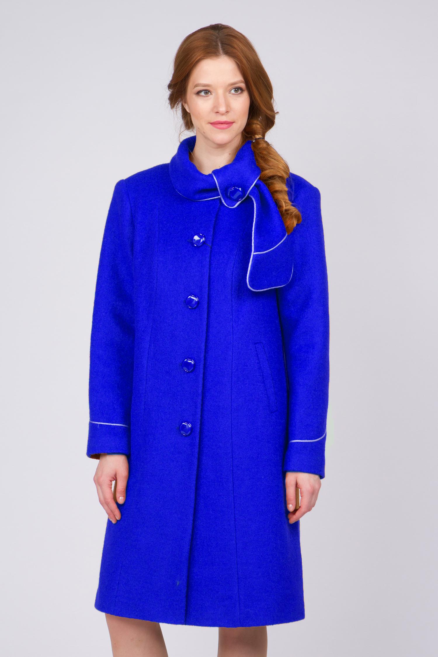 Женское пальто с воротником, без отделки<br><br>Воротник: отложной<br>Длина см: Длинная (свыше 90)<br>Материал: Комбинированный состав<br>Цвет: синий<br>Вид застежки: центральная<br>Застежка: на пуговицы<br>Пол: Женский<br>Размер RU: 62