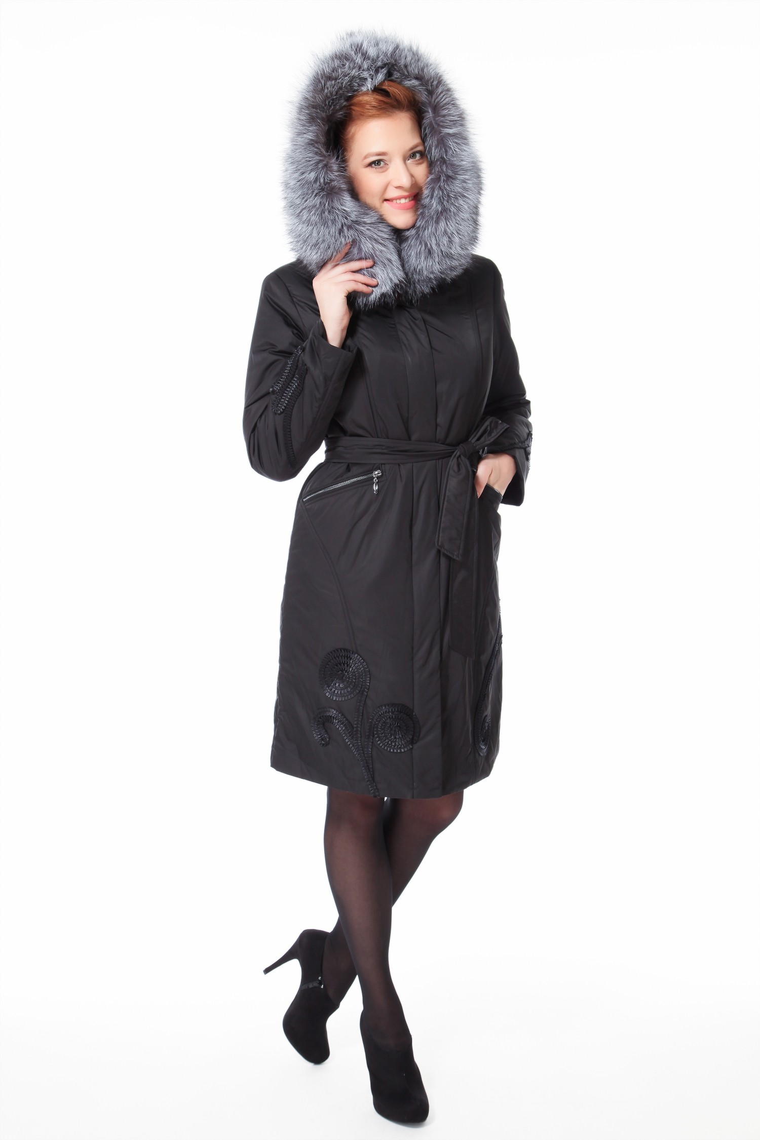 Пальто на меху с капюшоном, отделка чернобурка от Московская Меховая Компания