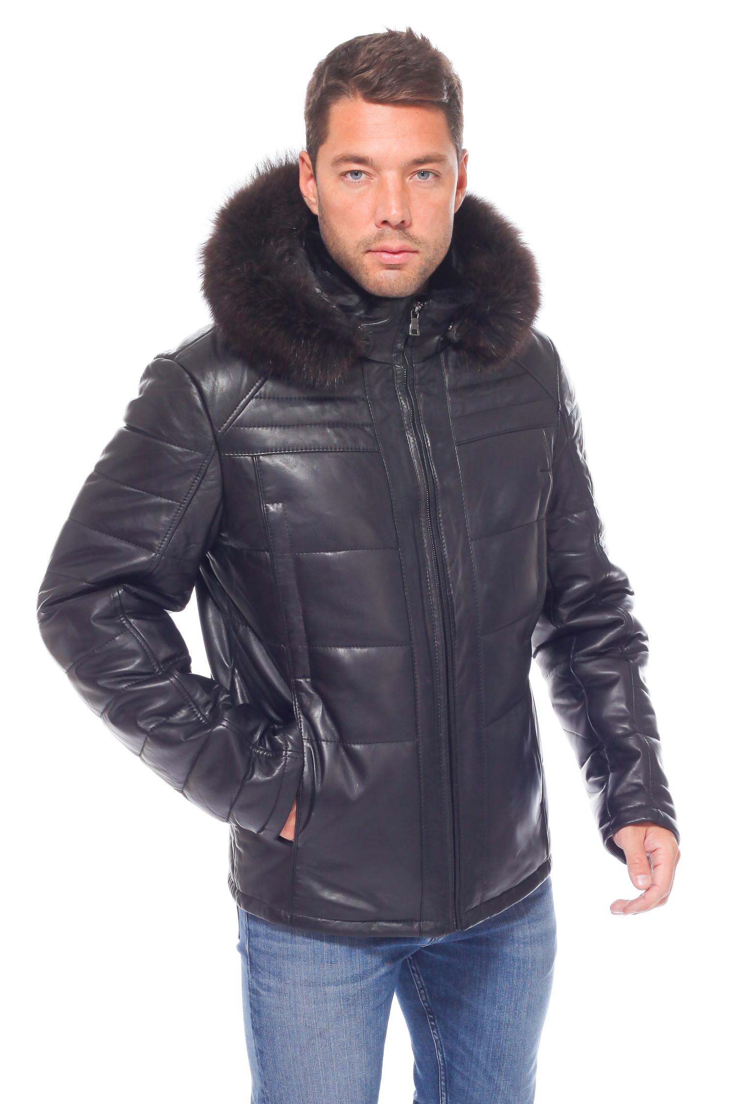 Пуховик мужской из натуральной кожи с капюшоном, отделка енотЦвет - угольно-черный.<br><br>Пуховик изготовлен из высококачественной натуральной кожи. Отделка - натуральный мех енота. Утеплитель - материал нового поколения-тинсулэйт.<br><br>Очень теплый, удобный пуховик станет незаменимым вариантом одежды для любой зимней погоды. Благодаря натуральным материалам пуховик обладает отличными теплоизоляционными качествами, не промокает под дождем или мокрым снегом и очень легко чистится. Пуховик не деформируется и не мнется. Для улучшения качеств верхней одежды материал обработан водооталкивающей пропиткой. Пуховик застегивается на молнию, а капюшон крепится на кнопки. При желании Вы легко можете отсоединить капюшон, при этом воротник может быть отложным или стойкой. В отделке воротника используется натуральная овчина, которая согревает в непогоду и является очень стильным декоративным элементом. В качестве украшения пуховика используется декоративная прострочка. Оптимальная длина изделия позволит комфортно чувствовать себя за рулем автомобиля и в общественном транспорте.<br><br>Кожаный пуховик - превосходный выбор активного современного мужчины!<br><br>Воротник: капюшон<br>Длина см: Короткая (51-74 )<br>Материал: Кожа овчина<br>Цвет: черный<br>Вид застежки: центральная<br>Застежка: на молнии<br>Пол: Мужской<br>Размер RU: 60