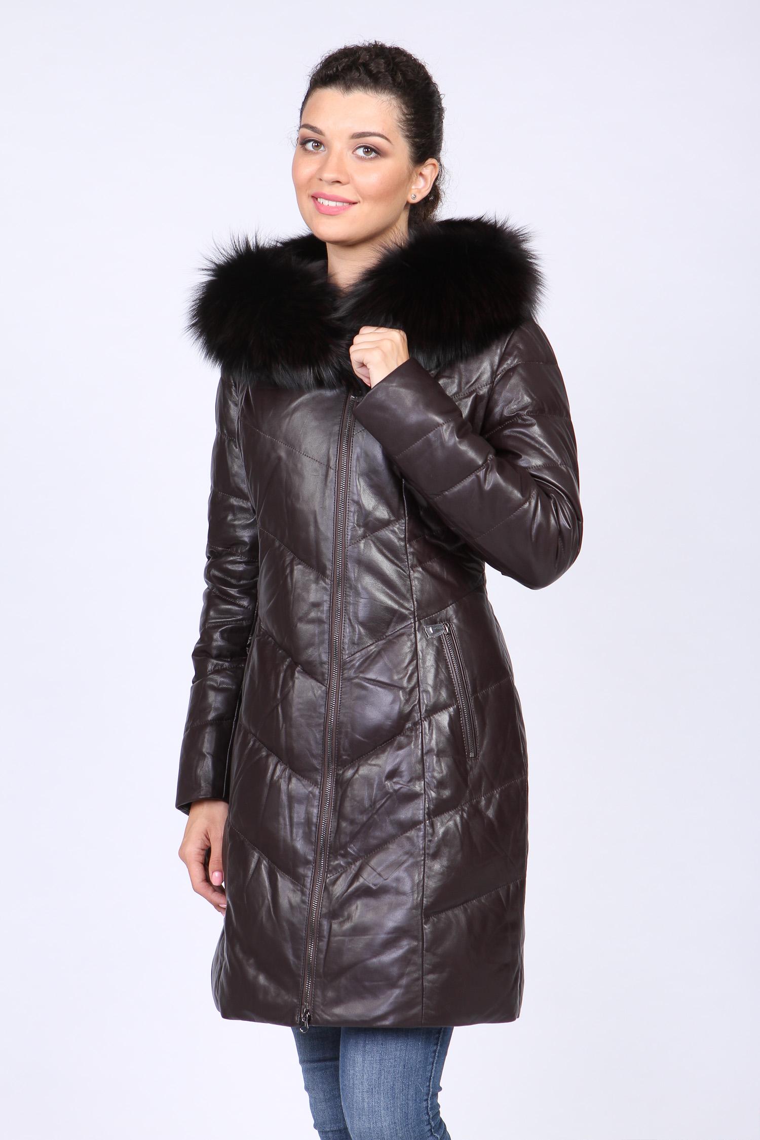 Пуховик женский из натуральной кожи с капюшоном, отделка енот Московская Меховая Компания