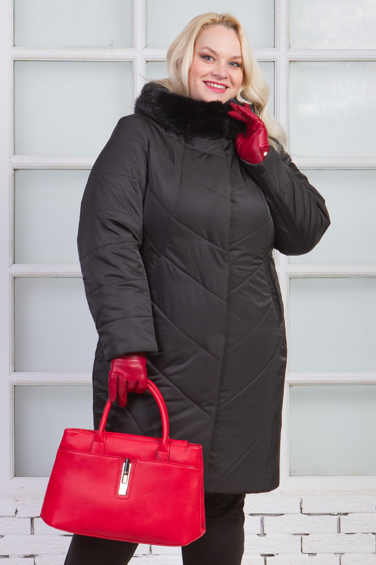 Пуховик женский из текстиля с капюшоном, отделка норка