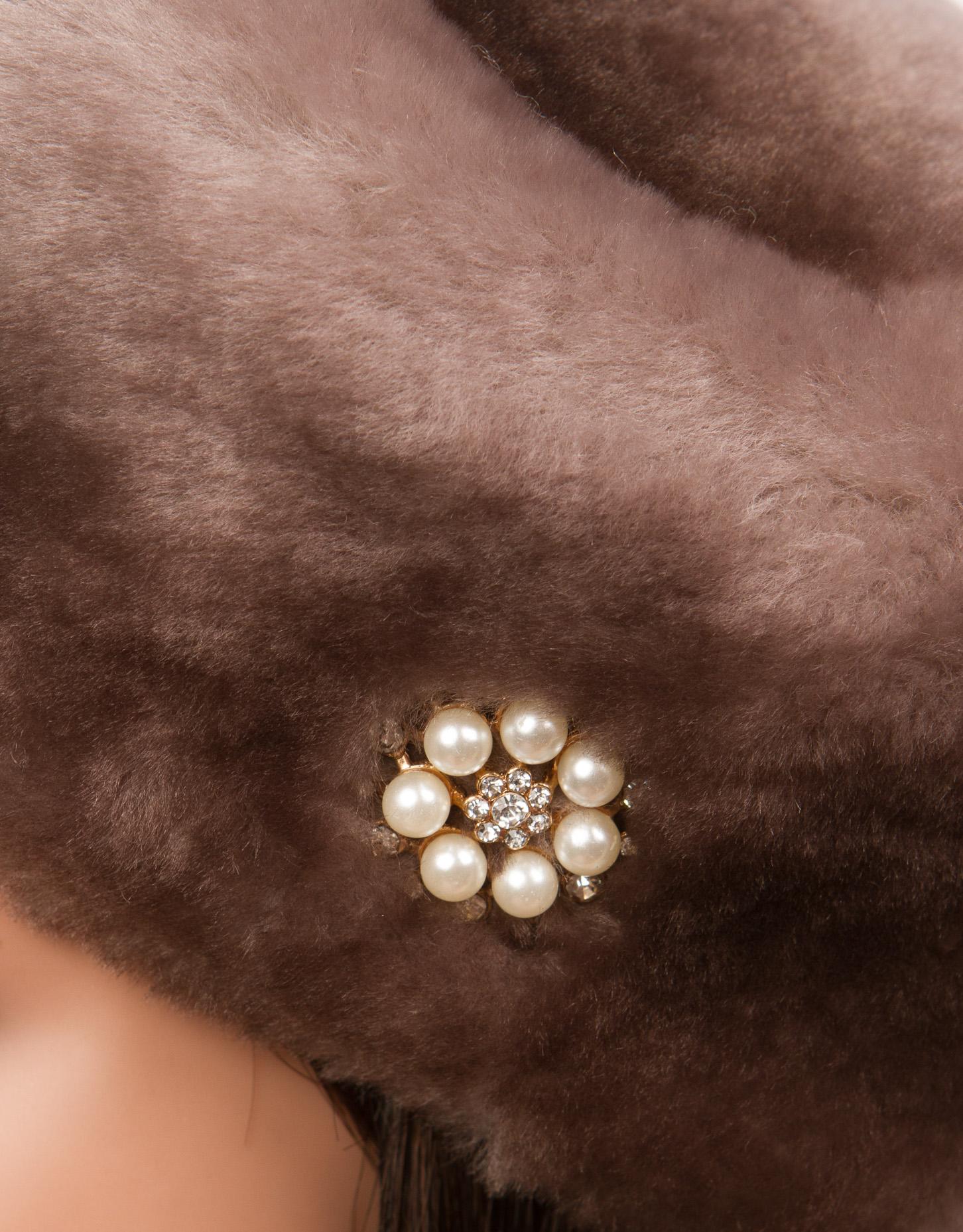Берет женский из мутона, без отделки от Московская Меховая Компания