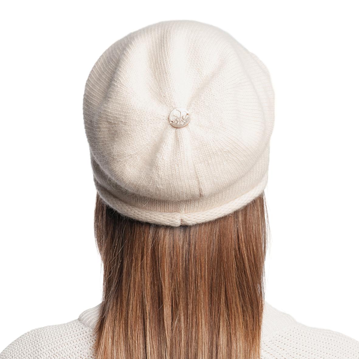 Шапка женская из текстиля, без отделки от Московская Меховая Компания