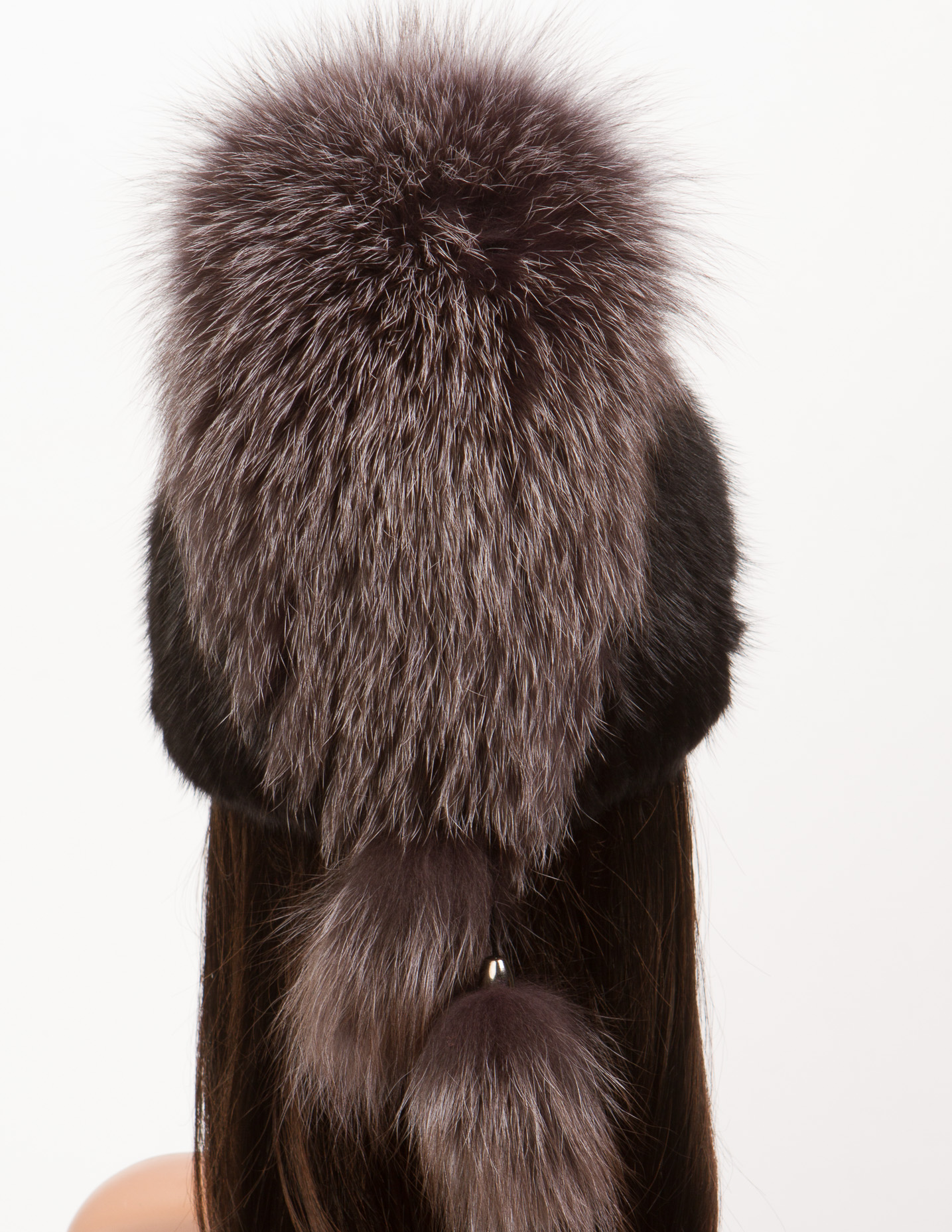 Шапка женская из ондатры, отделка блюфрост от Московская Меховая Компания